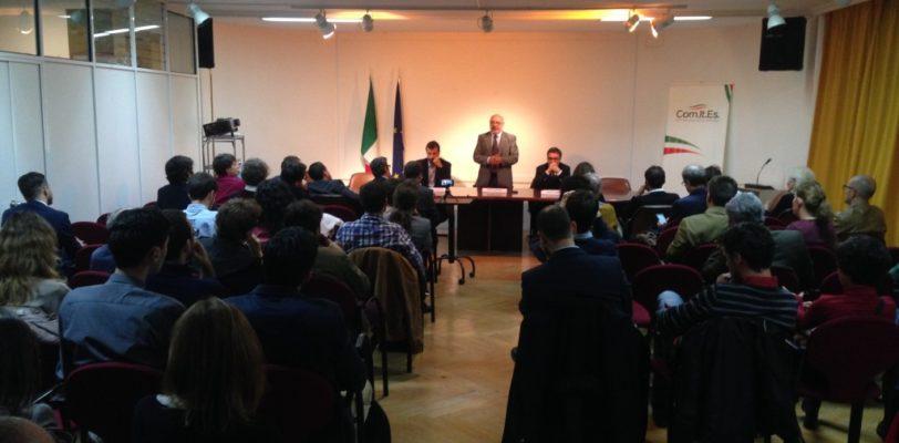 In scena al Comites di Madrid il dibattito sul referendum costituzionale