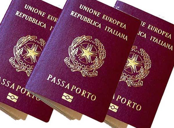Passaporti, Consoli onorari e privacy. Novità per gli italiani all'estero