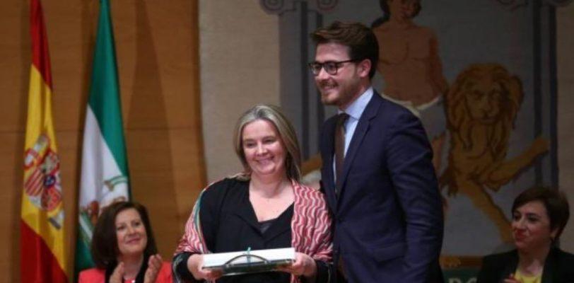 Bandiera della Andalusia – Prestigiosa onorificenza alla famiglia De Rocco, maestri gelatieri a Granada