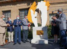 Inaugurata a Malaga una scultura in omaggio al lavoro dei medici durante la pandemia